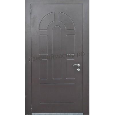 Уличная теплая дверь с теснением.