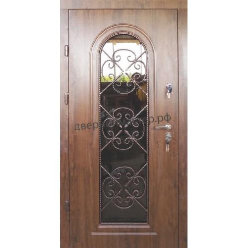 Дверь в коттедж со стеклом