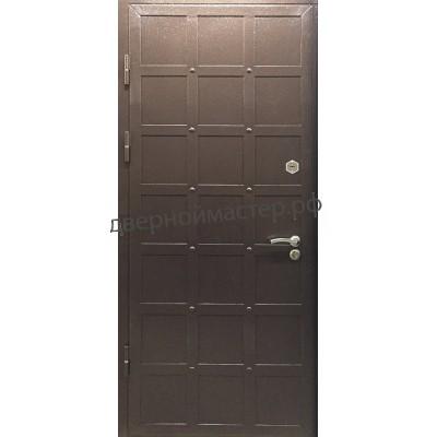 Дверь с ковкой 1