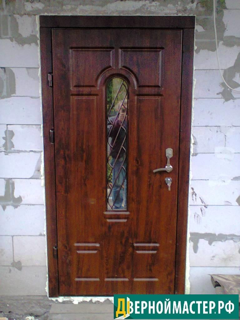 Панель мдф покрытая пленкой пвх для уличного использования в металлической двери для частного дома.