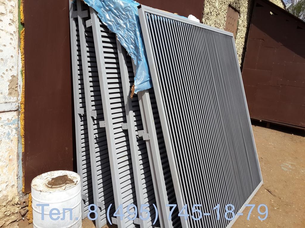 Фото готовых жалюзийных решеток металлических с площадью в свету  2000*2000 мм