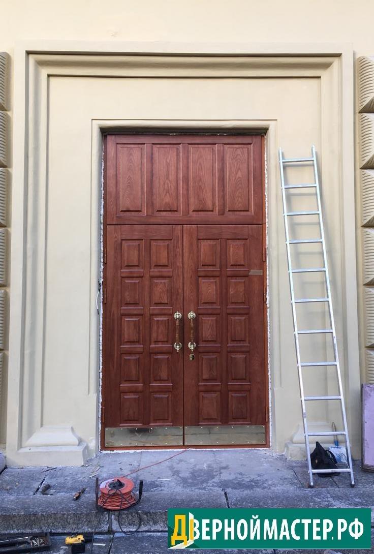 Установка метал дверей с отделкой массивом ценных пород (дуб)