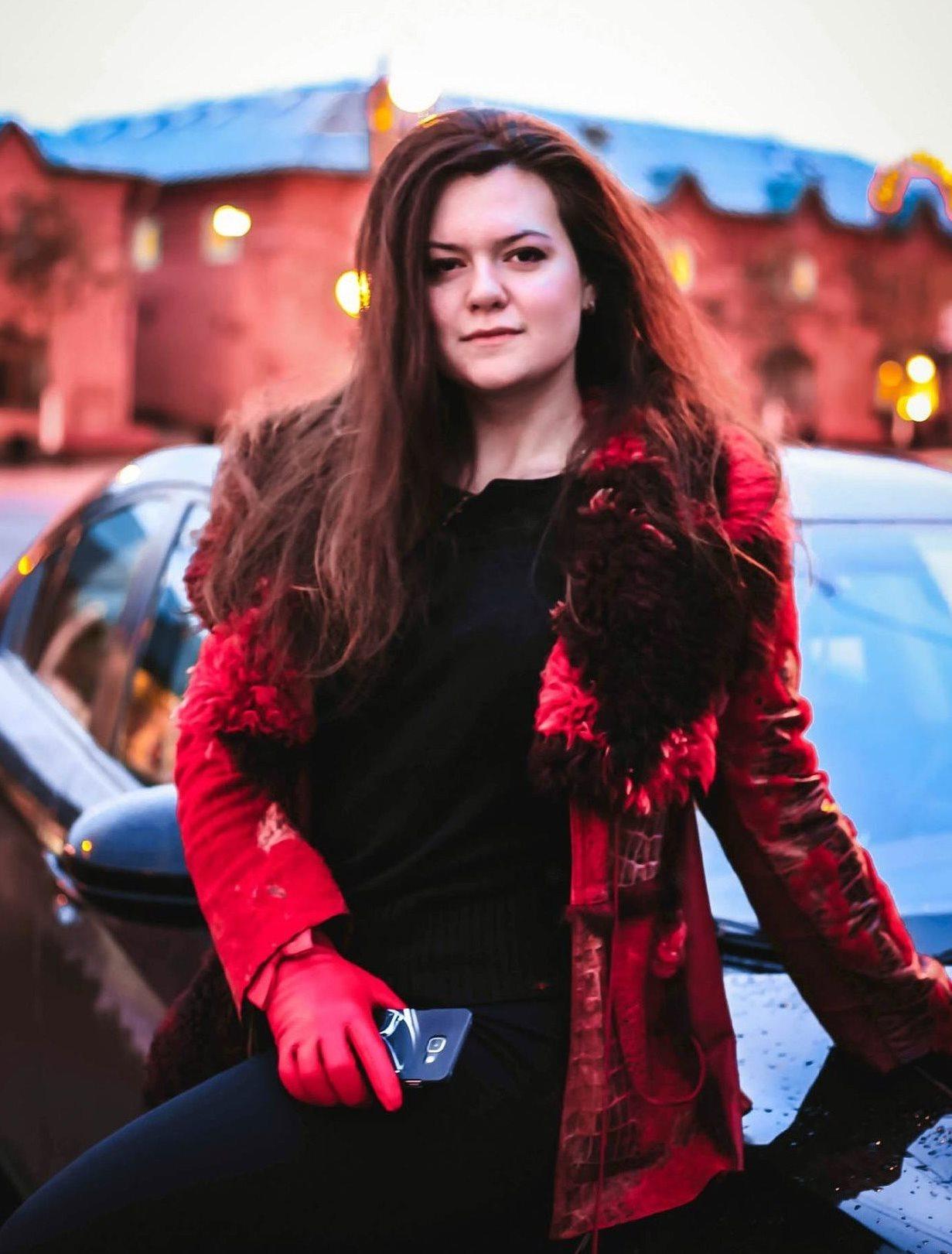 Анна Ряшенцева довольна своей новой утепленной металлической дверью купленной в Москве в компании Дверной Мастер.