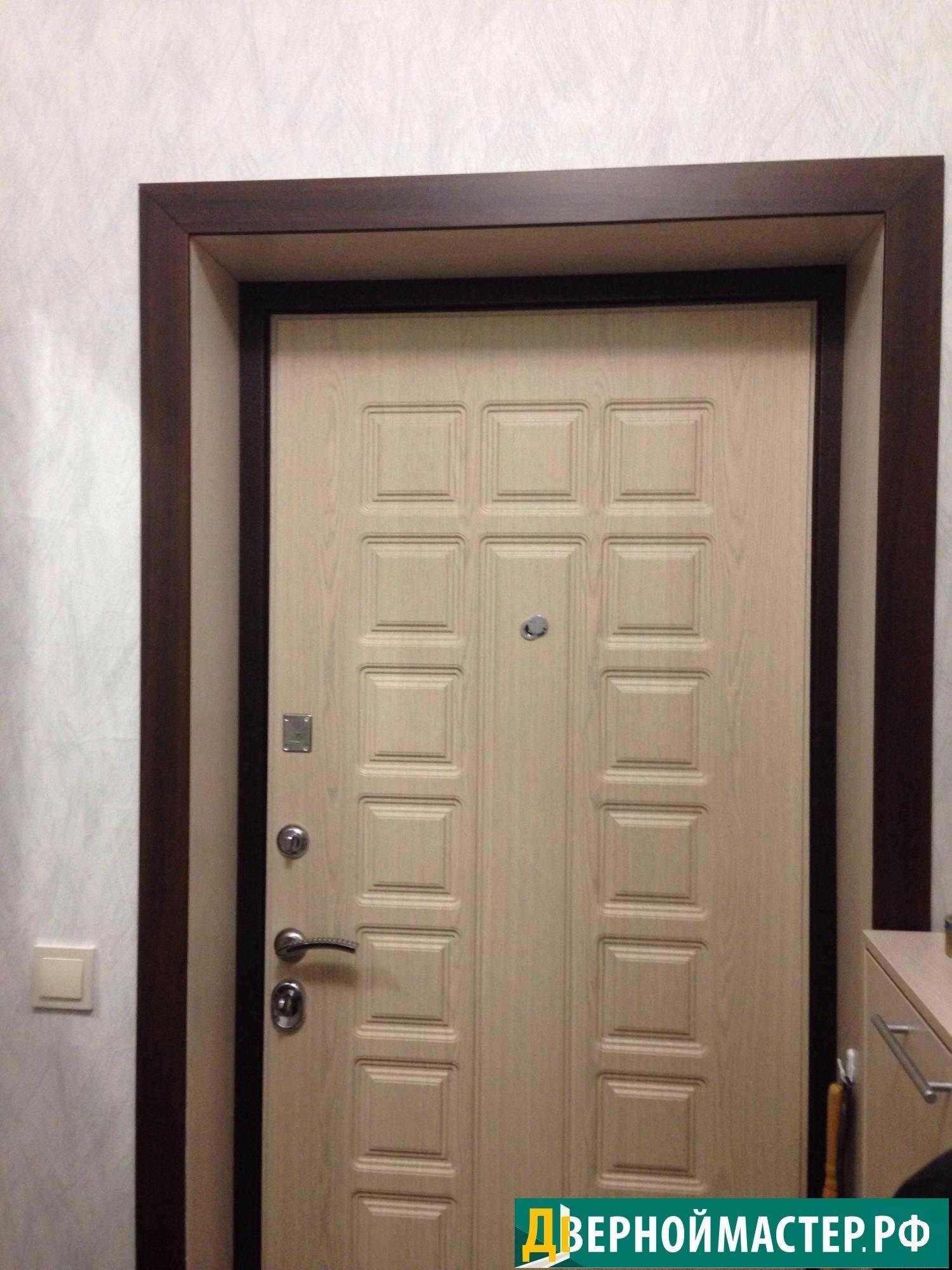 Цены на металлические двери в квартиру в Москве, с установкой доборов.
