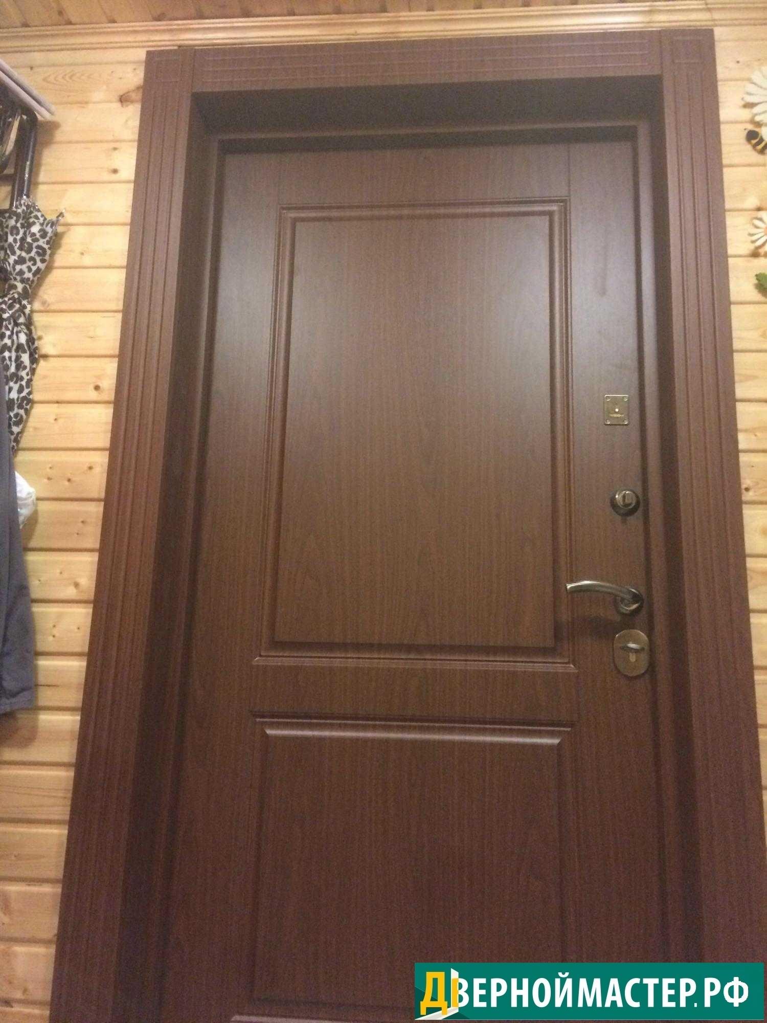 Купили с установкой металлическую дверь входную для квартиры с внутренними доборами