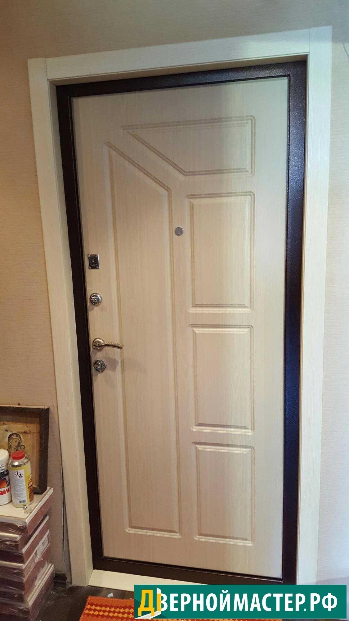 Модель металлической двери в квартиру по выгодной цене.