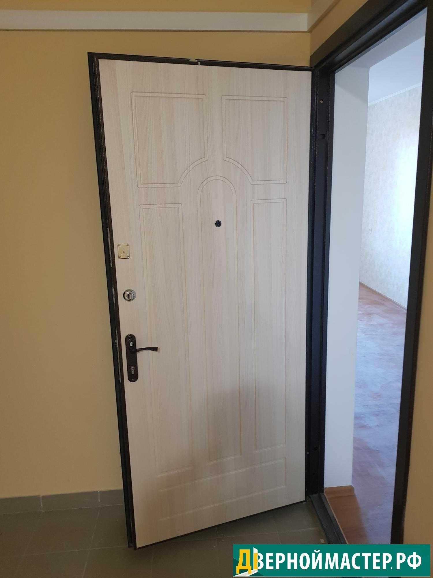Металлическая дверь купленная нашими клиентами у нас с установкой в Химках