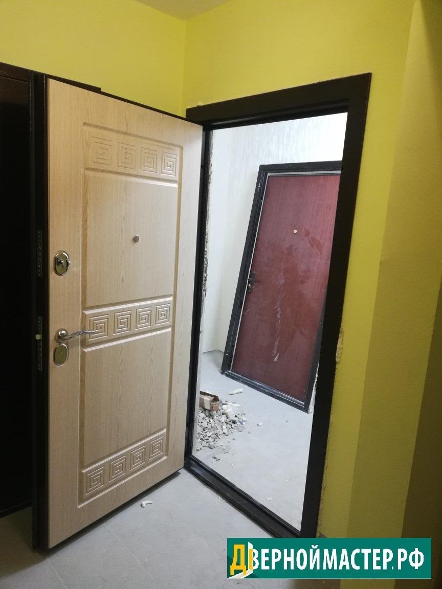 Замена входной двери в квартире в одной из новостроек в Химках