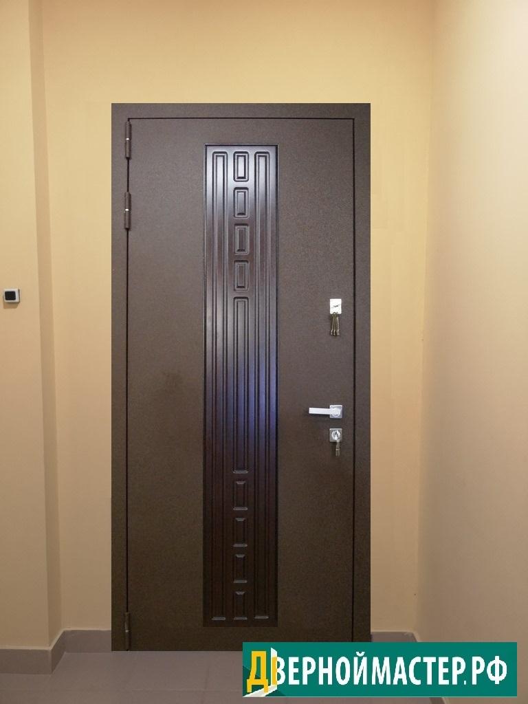 Комбинированная отделка порошок-МДФ для входных дверей для квартиры в Москве