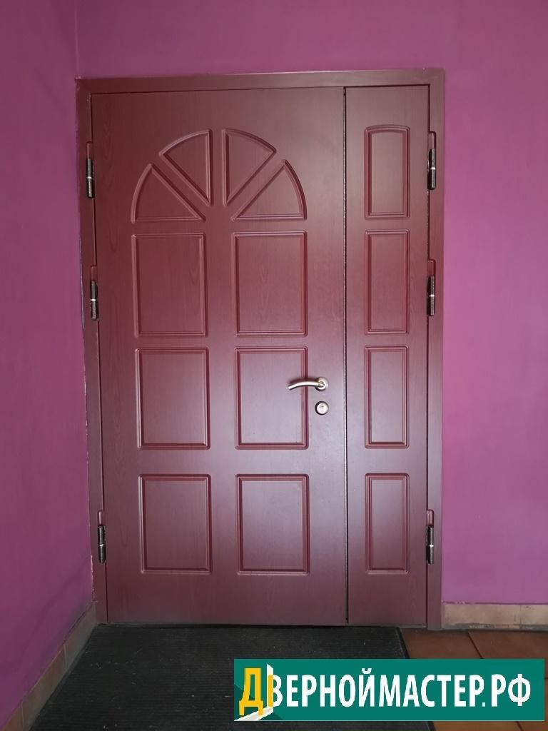 Купить входную дверь в квартиру в Москве, цена производителя, МДФ темно-красный