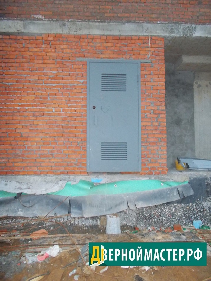 Металлическая дверь купленная нашими клиентами для электрощитовой, г. Москва