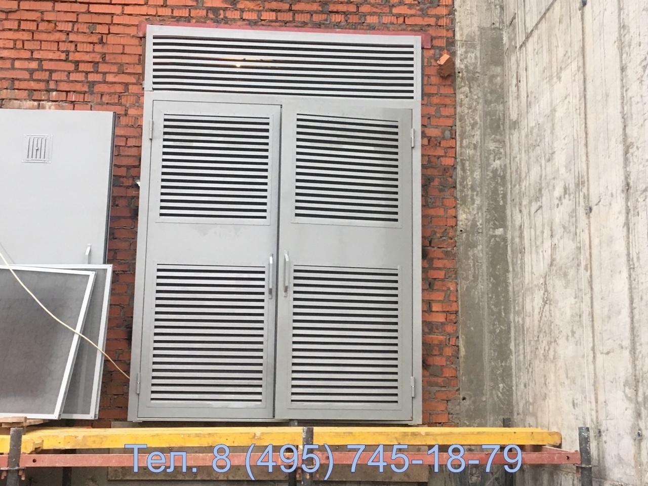 Ворота трансформаторных камер с верхней жалюзийной решеткой в виде вставки